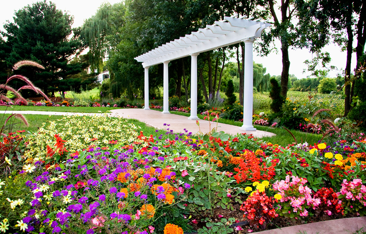 Fab Weddings Wedding Garden in Rosemount MN